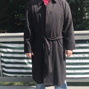 Weatherproof Black duster / Suit overcoat
